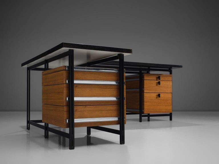 Jules Wabbes Versatile Free-Standing Corner Desk For Sale 1