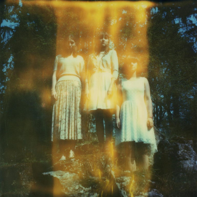 Julia Beyer Color Photograph - Into the hazy Light