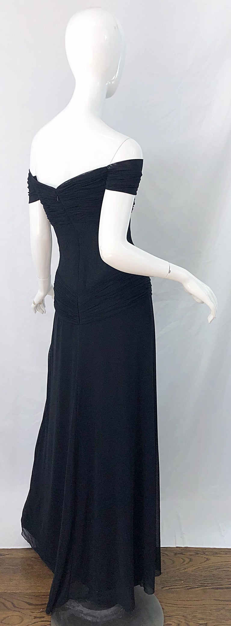 Julia Roberts Pretty Woman Vintage Vicky Tiel Couture Sz 12 Black 1980s Gown For Sale 2