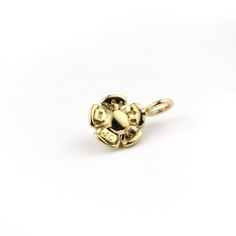 Contemporary Julius Cohen Diamond Flower Pendant Necklace For Sale