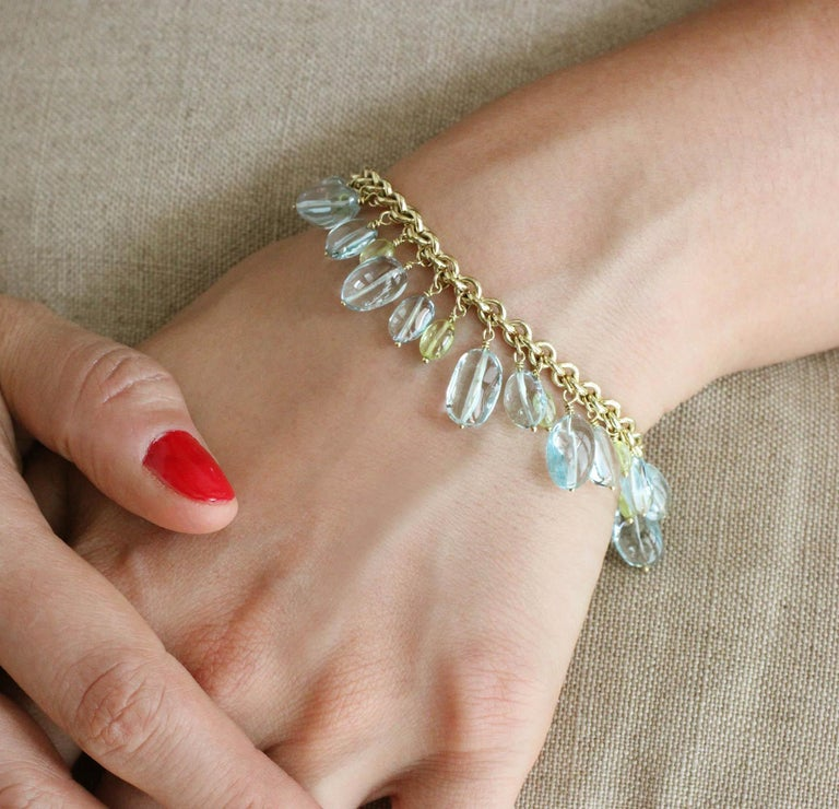 Julius Cohen Gold, Aquamarine and Chrysoberyl Bead Drop Bracelet In New Condition For Sale In Brooklyn, NY