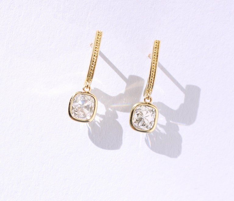 Women's or Men's Julius Cohen Old Mine Cushion Diamond Earrings in 18 Karat Gold For Sale