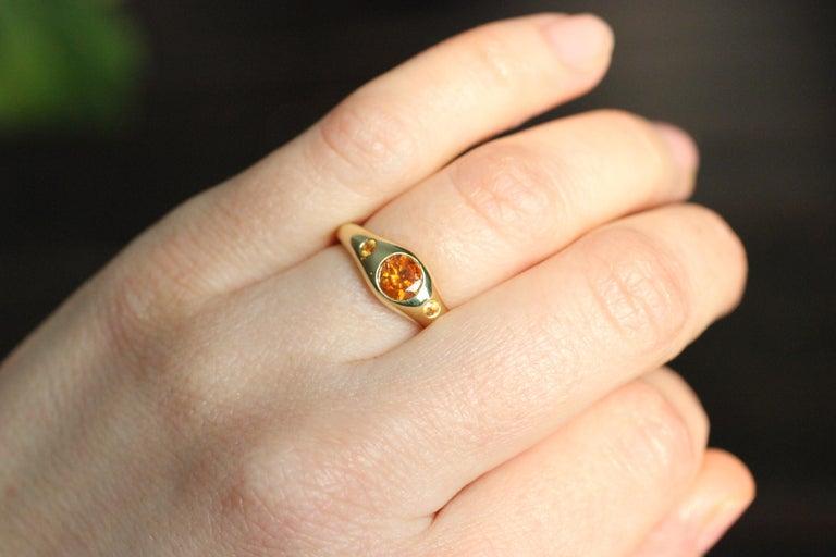 Round Cut Julius Cohen Orange Diamond and Sapphire Ring in 18 Karat Gold For Sale