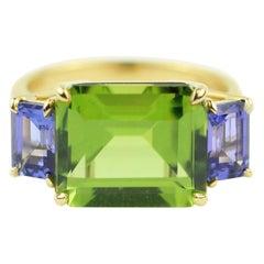 Julius Cohen Peridot and Tanzanite Ring