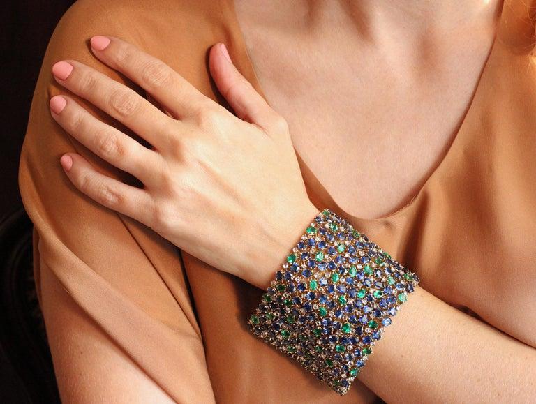 Julius Cohen Wide Diamond Emerald Sapphire Peacock Tapestry Bracelet For Sale 2