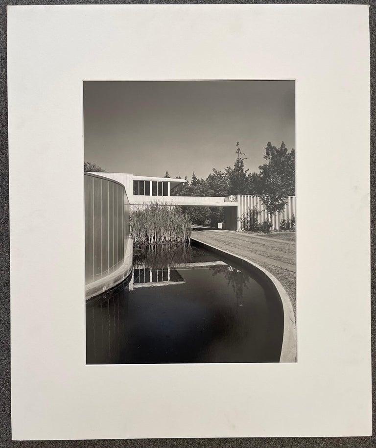 American Julius Schulman Signed Black & White Photograph, Von Sternberg House For Sale
