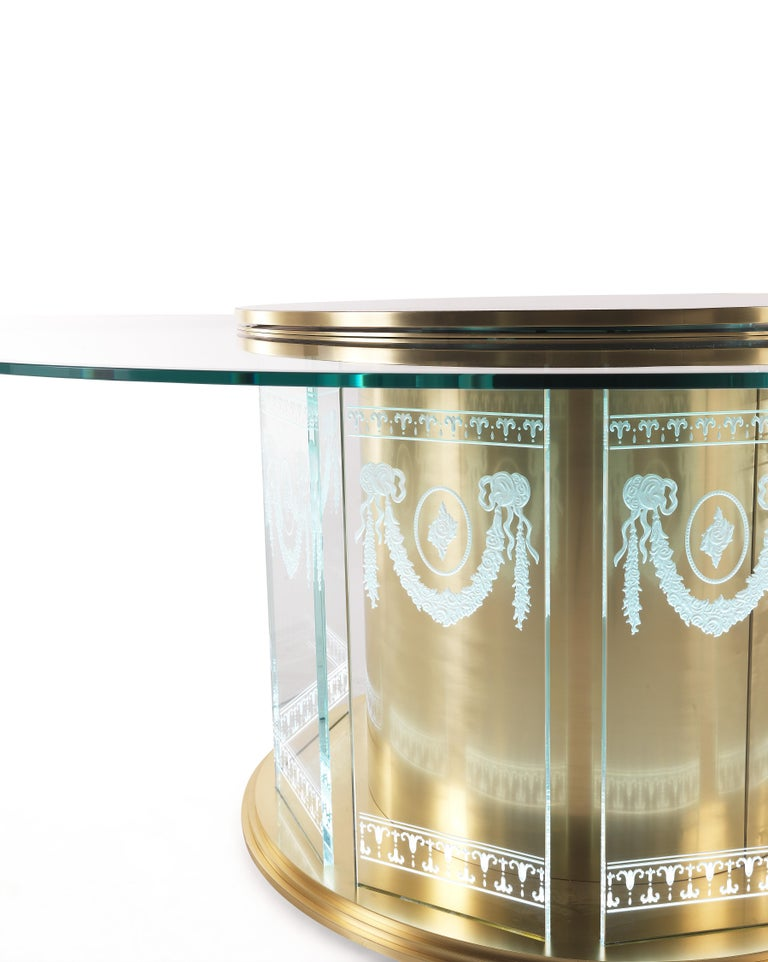 Jumbo Collection Fuji Dining Table in Brass and Glass Top In New Condition For Sale In Cantu, IT