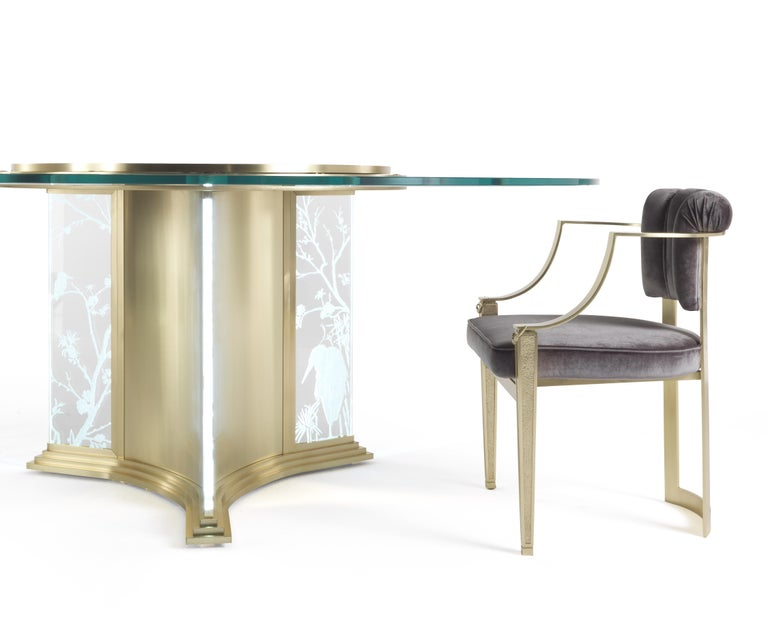 Jumbo Collection Fuji Round Dining Table in Brass and Glass with Onyx Top For Sale 6