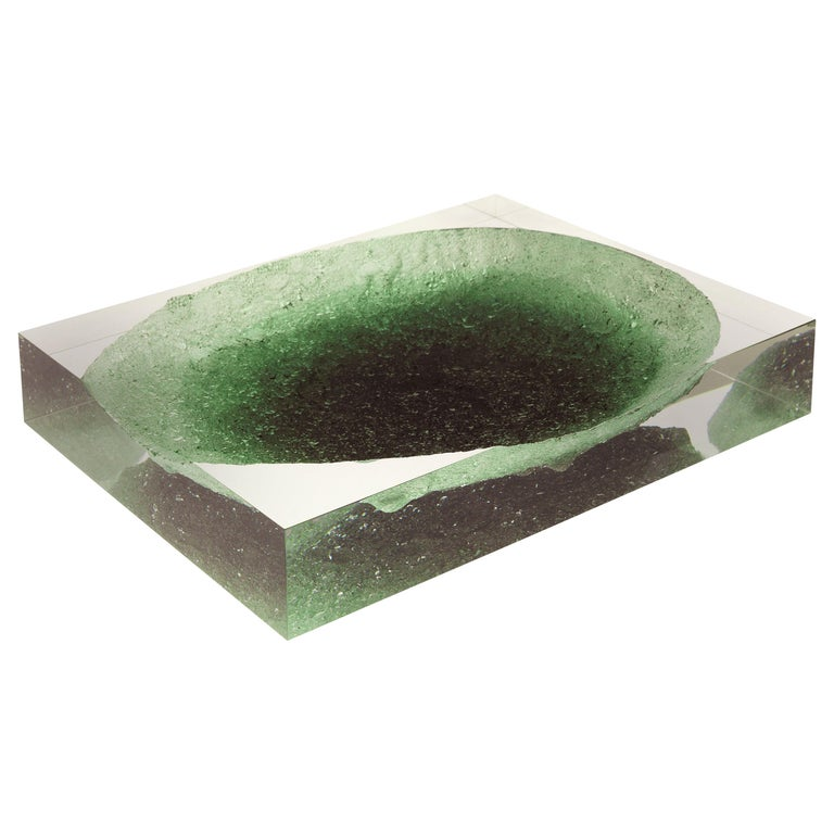 For Sale: Green (Emerald) Jumbo Group/JCP Universe Glacoja Centerpiece by Analogia Project