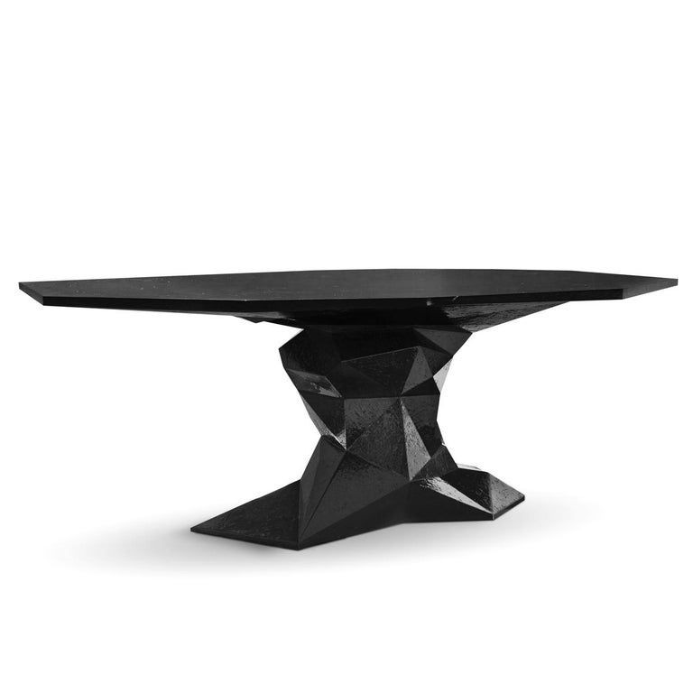 Dining table jungle black with wood structure lacquered 
