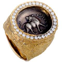 Jurio Diamond Pave Yellow Gold Oval Lion Ring