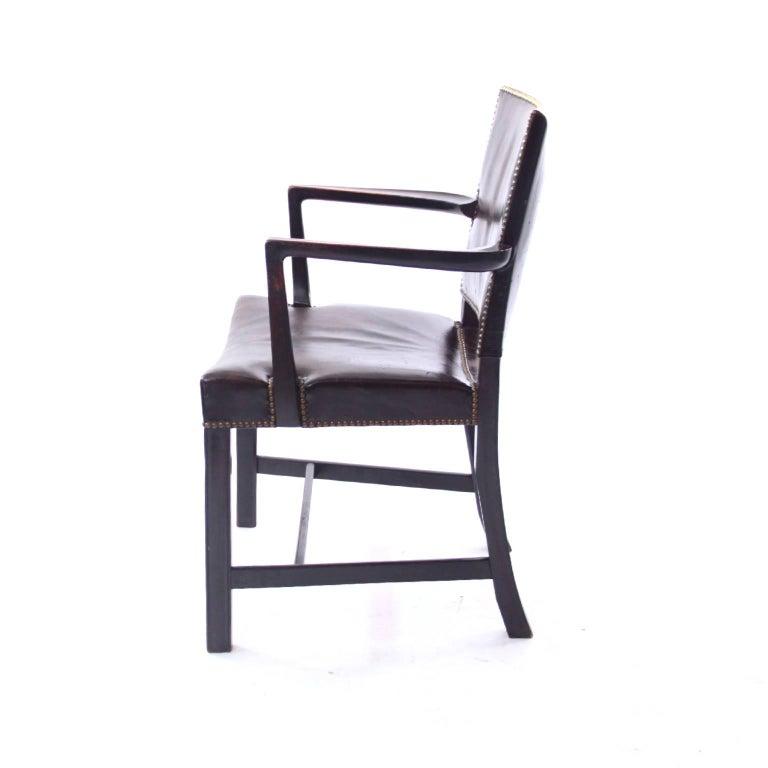 Mid-Century Modern Kaare Klint 'Red Armchair' in Dark Brown Leather and Dark Oak Frame, 1940s For Sale