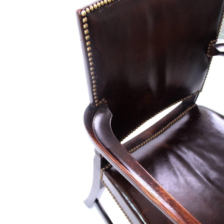 Kaare Klint 'Red Armchair' in Dark Brown Leather and Dark Oak Frame, 1940s In Good Condition For Sale In Copenhagen, DK