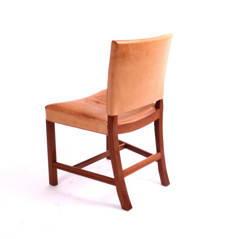 "Mid-Century Modern Kaare Klint ""Red Chair"" in Patinated Natural Leather with Piping For Sale"