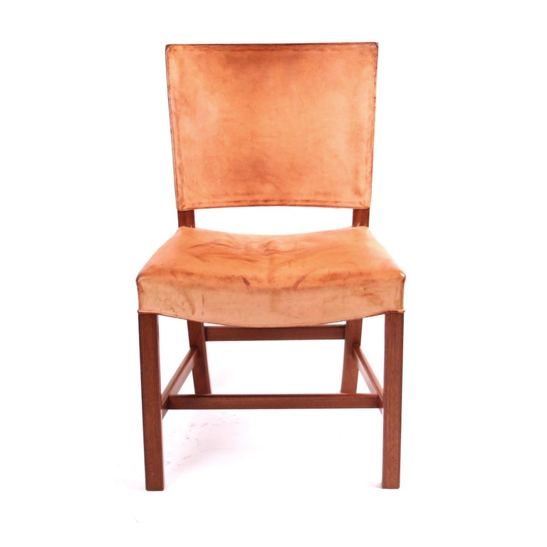 "Kaare Klint ""Red Chair"" in Patinated Natural Leather with Piping For Sale 2"