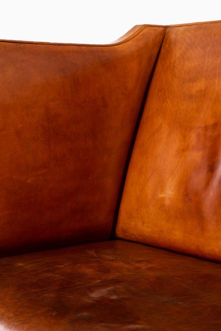 Kaare Klint Sofa Model No 4118 Produced by Rud. Rasmussen in Denmark For Sale 2