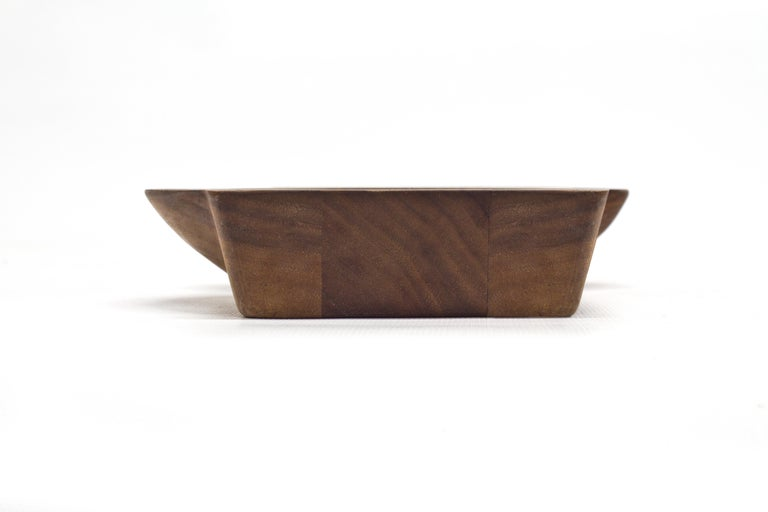 Kafi 3 Cheese Board in Oiled Walnut by Martin Leugers & Tricia Wright for Wooda In Excellent Condition For Sale In Omro, WI