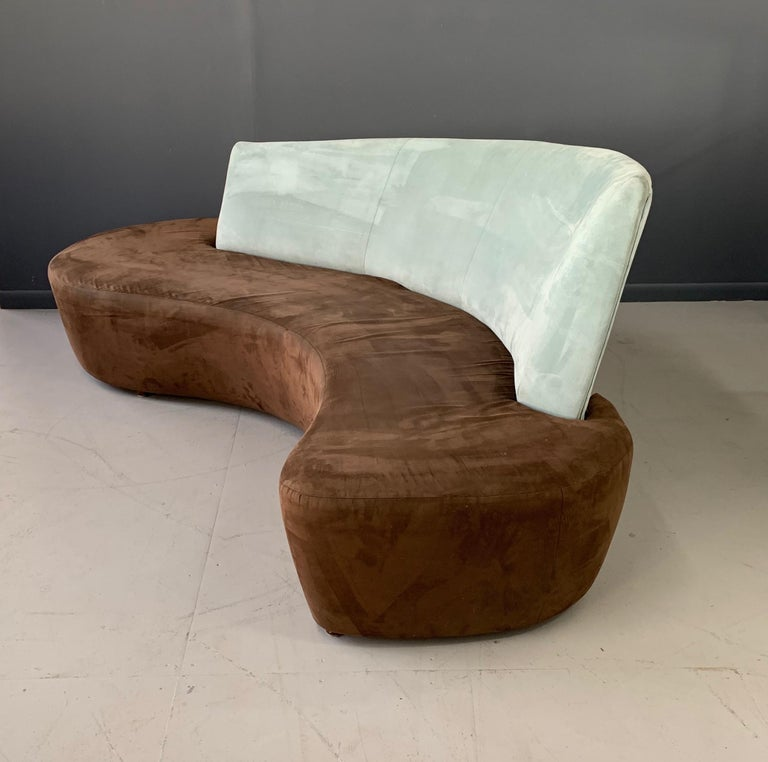 North American Postmodern Curved sofa For Sale