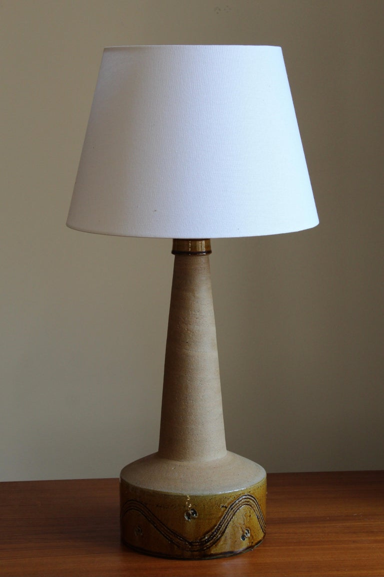 A large table lamp, designed and produced by Kähler, Denmark, c. 1930s. 