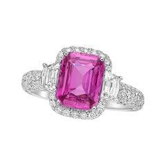Kahn 2.64 Carat Purple- Pink Sapphire 18k White Gold Ring