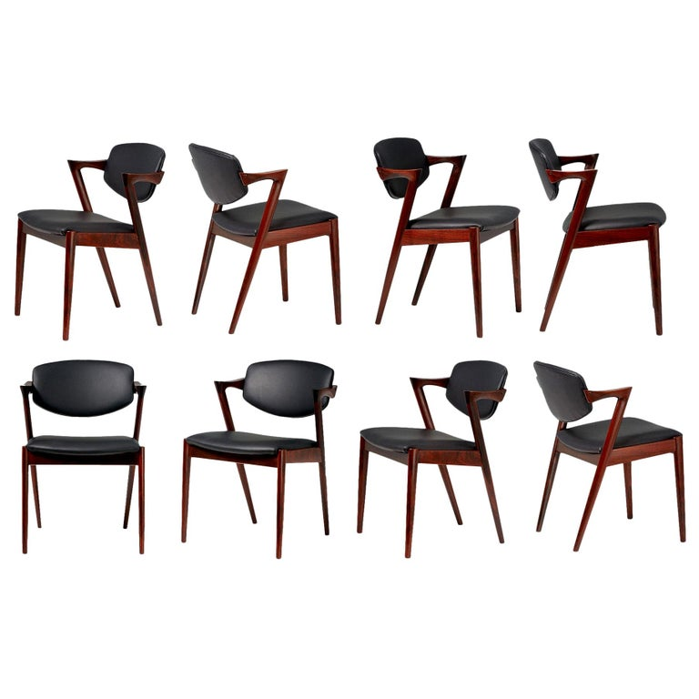 Kai Kristiansen Set of 8 Model 42 Dining Chairs, Rosewood and Leather For Sale