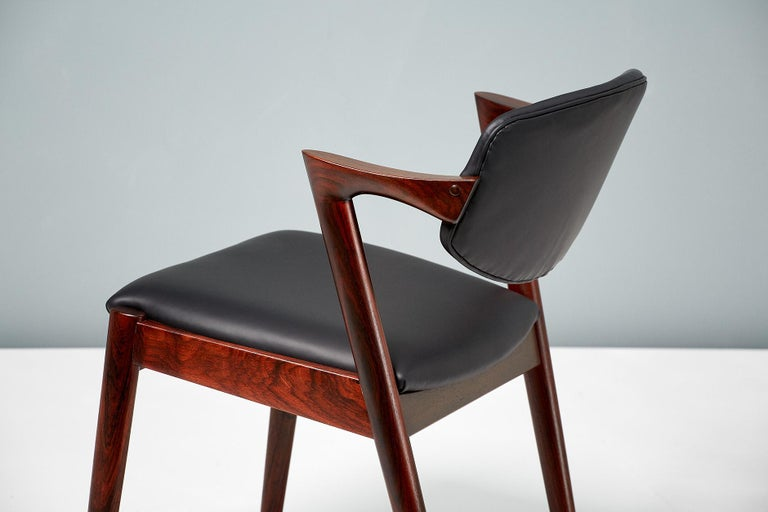Kai Kristiansen Set of 8 Model 42 Dining Chairs, Rosewood and Leather For Sale 1
