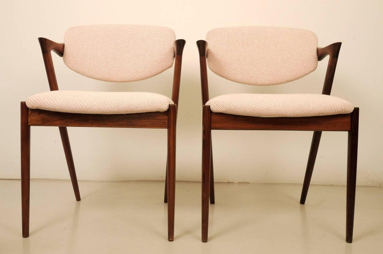 Mid-Century Modern Kai Kristiansen Six Rosewood Dining Chairs Model 42 For Sale