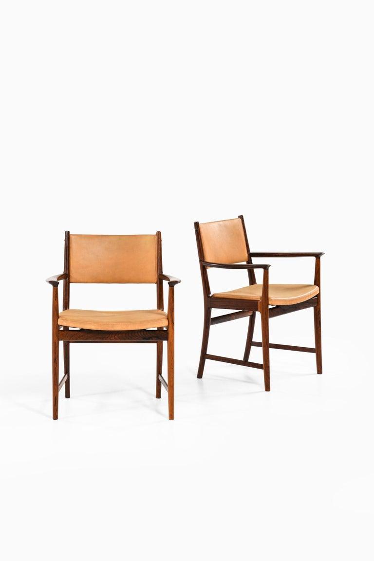 Kai Lyngfeldt Larsen Armchairs by Søren Willadsen Møbelfabrik in Denmark For Sale 4