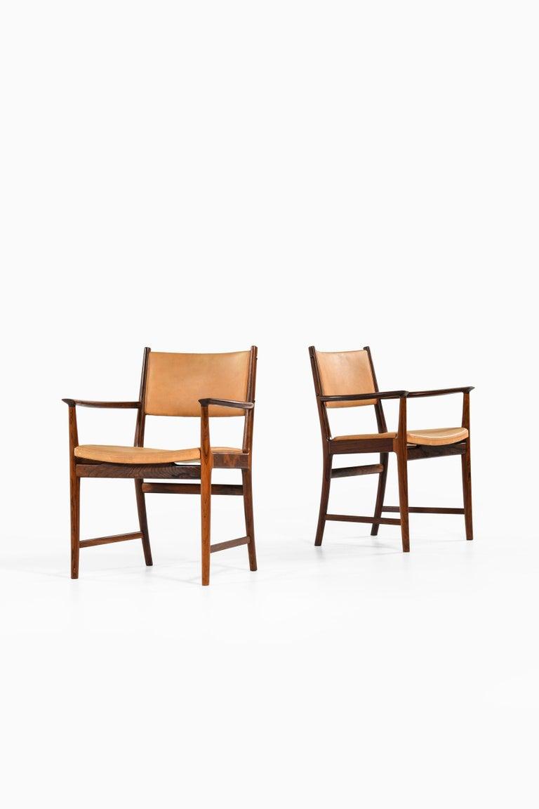Scandinavian Modern Kai Lyngfeldt Larsen Armchairs by Søren Willadsen Møbelfabrik in Denmark For Sale