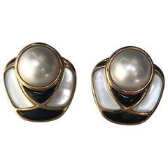 Kai-Yin Lo, KYLO Mabe Pearl, Black Onyx & Pearl Abstract Earrings