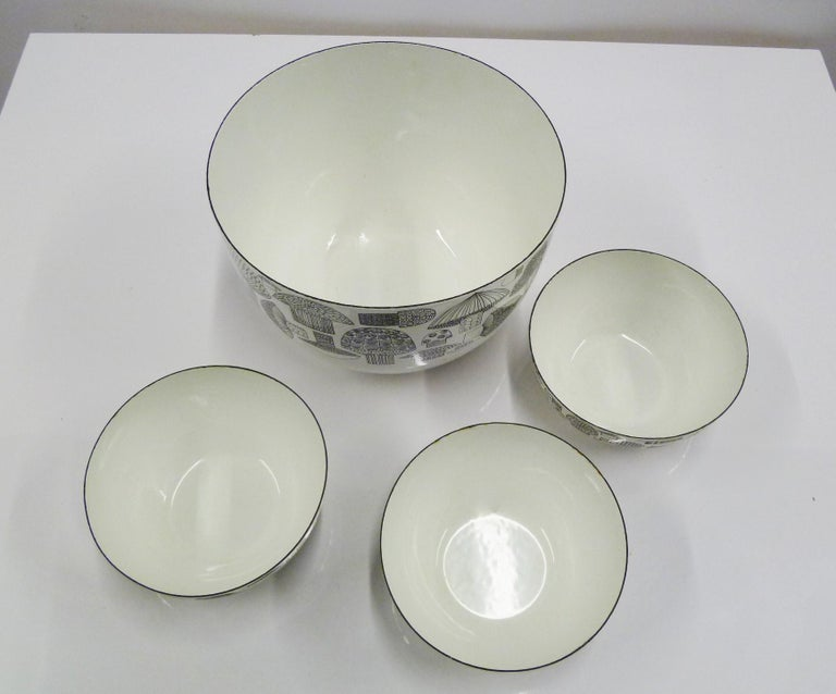 Scandinavian Modern Kaj Frank for Arabia, Finel 4-Enamel Bowl Set Finland, 1960s For Sale