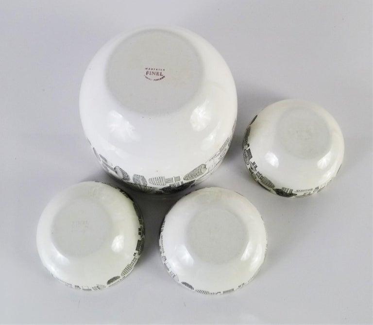Kaj Frank for Arabia, Finel 4-Enamel Bowl Set Finland, 1960s In Good Condition For Sale In Miami, FL