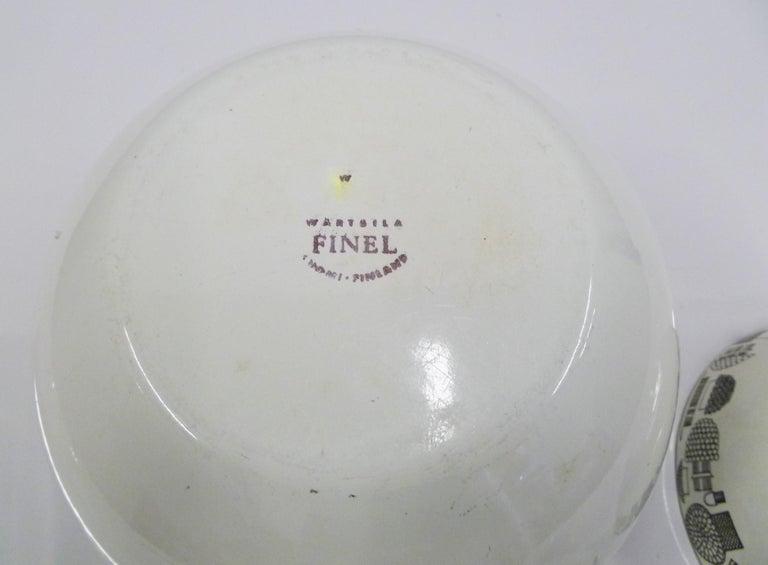 Mid-20th Century Kaj Frank for Arabia, Finel 4-Enamel Bowl Set Finland, 1960s For Sale
