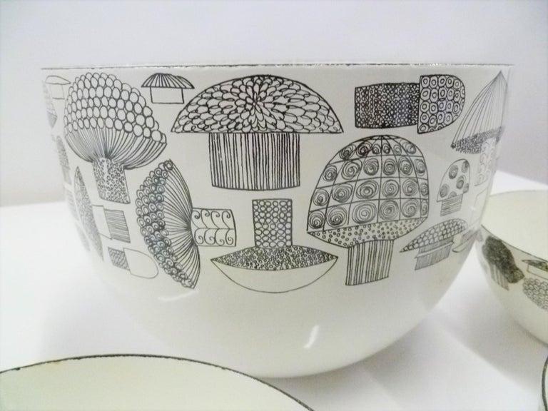 Kaj Frank for Arabia, Finel 4-Enamel Bowl Set Finland, 1960s For Sale 2