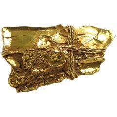 Kalinger Paris Gold Coated Resin Pin Brooch