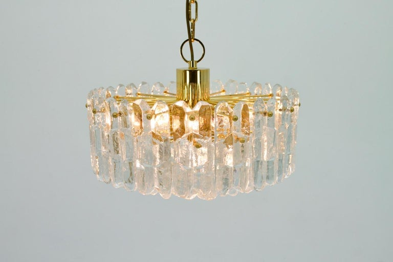 Kalmar Chandelier Palazzo Gilt Brass and Glass Austria, 1970s For Sale 4