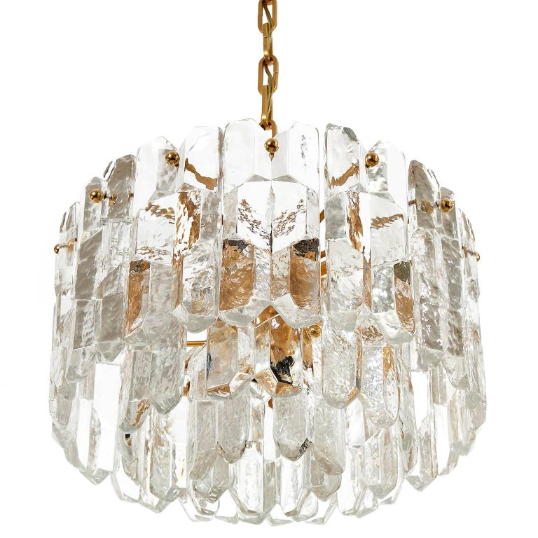 Mid-Century Modern Kalmar Chandelier Pendant Light 'Palazzo', Gilt Brass Glass, 1970, 1 of 2 For Sale
