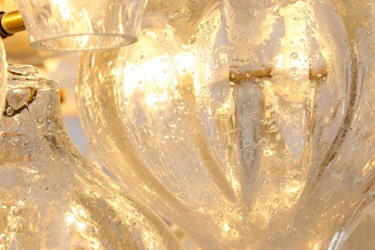 Kalmar 'Tulipan' Chandelier Pendant Light, Glass Brass, 1970 For Sale 4