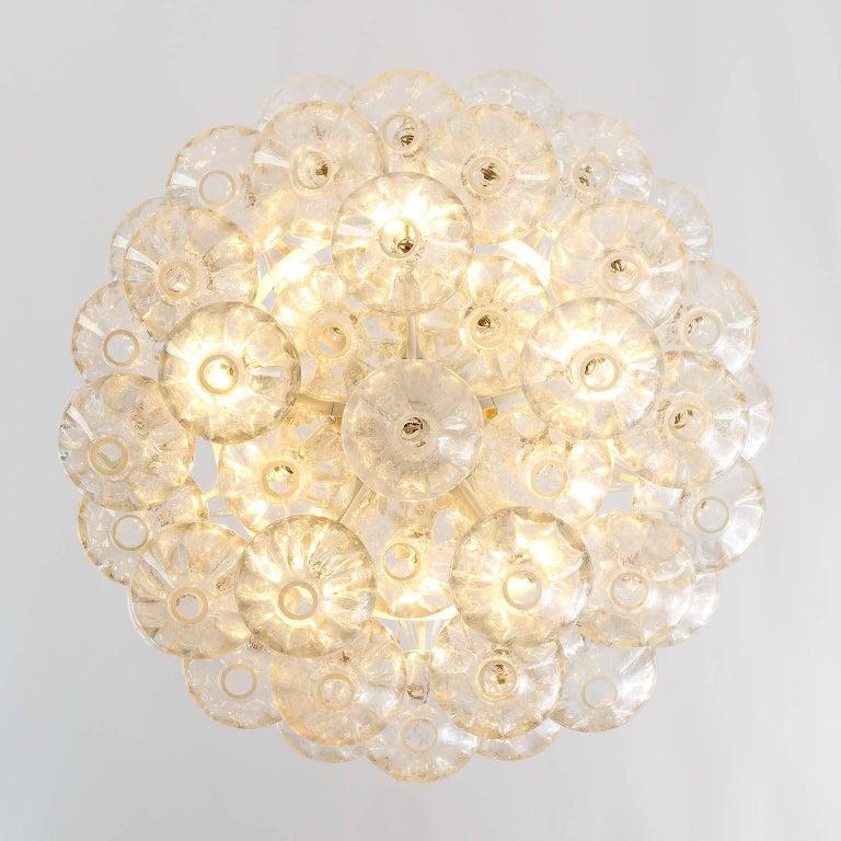 Kalmar 'Tulipan' Chandelier Pendant Light, Glass Brass, 1970 For Sale 1