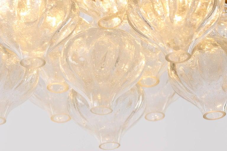 Kalmar 'Tulipan' Chandelier Pendant Light, Glass Brass, 1970 For Sale 2