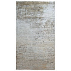 Kama Warm Neutral Shiny Soft Rug by Deanna Comellini 200x350 cm