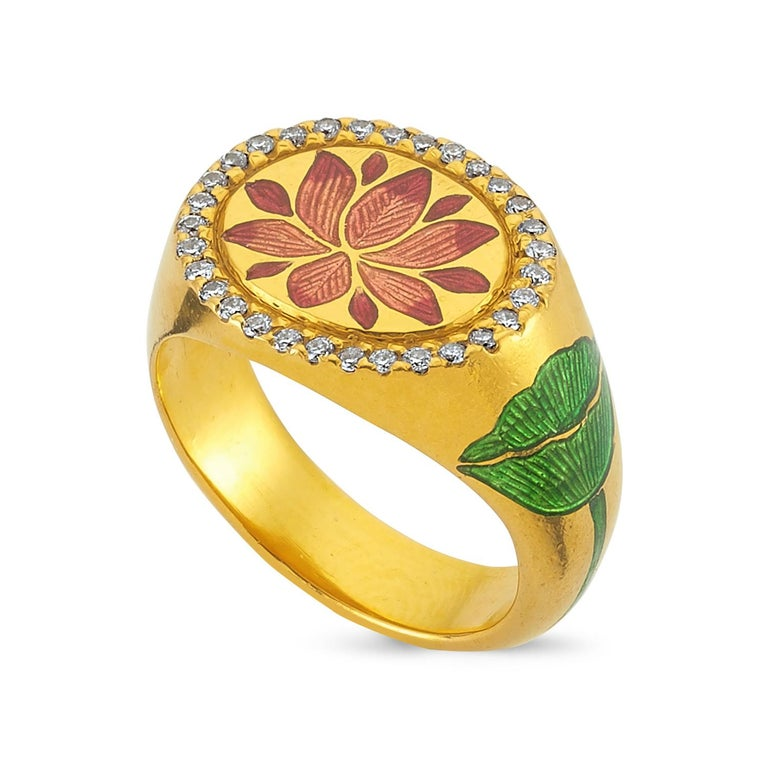 Kamala comes from the Hindi word for lotus, a flower with deep cultural significance in Asia. It mirrors the transformation of the consciousness from closed bud, to unfolded flower in its form. Handcrafted in Jaipur, the Kamala Ring is radiant