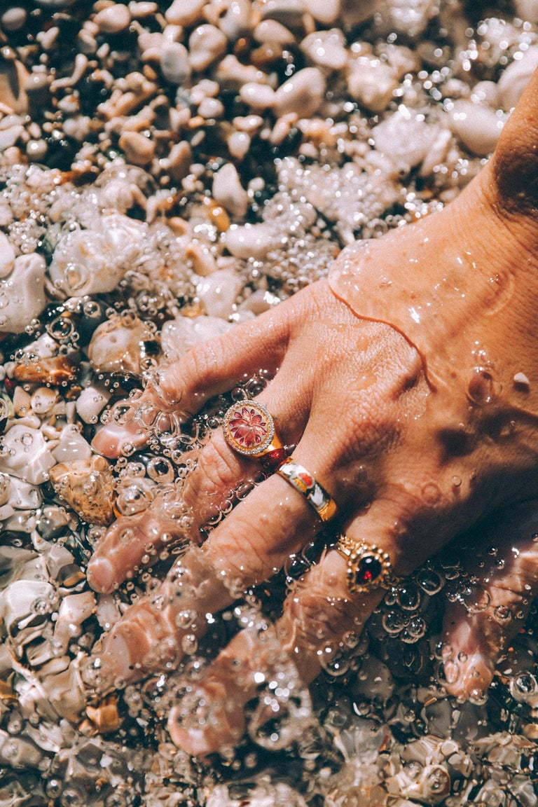 Kamala Ring with 31 Diamonds and Jaipur Enamel Lotus Motif, 22 Karat Yellow Gold For Sale 4