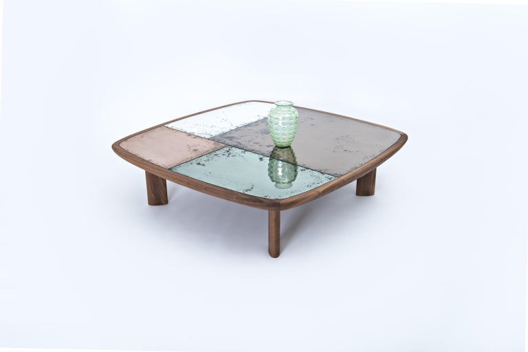 Kanan Luxury Coffee Table, Canaletto Walnut Structure & 4 Colors Antique Mirrors In New Condition For Sale In Milano, IT