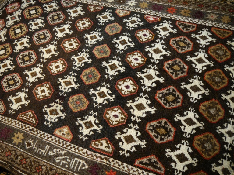 Karabagh Rug Hand Knotted in Azerbeijan, Midcentury For Sale 2