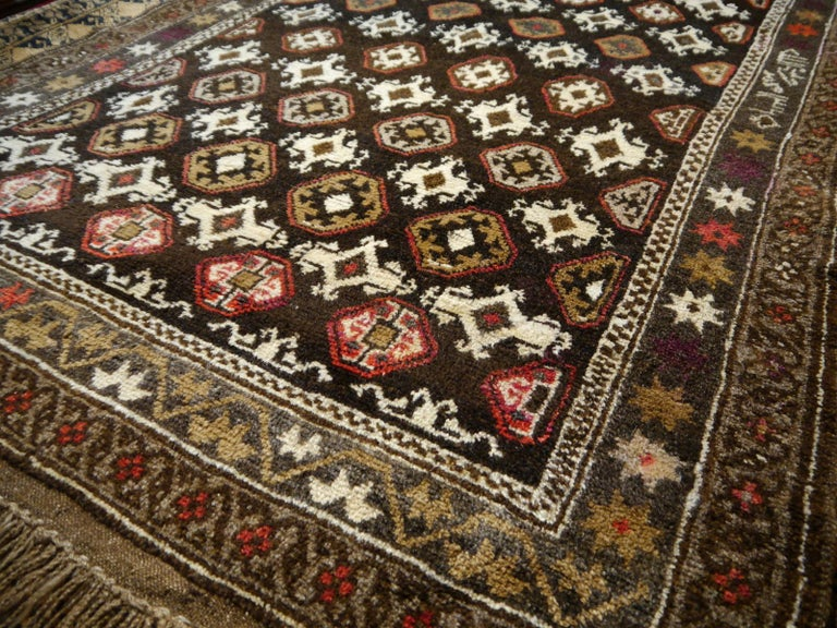 Karabagh Rug Hand Knotted in Azerbeijan, Midcentury For Sale 3