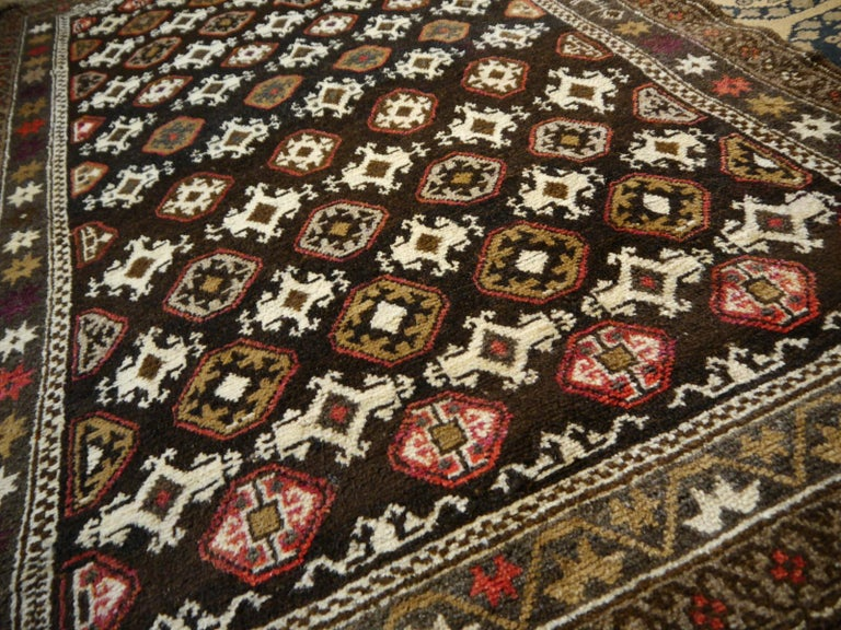 Karabagh Rug Hand Knotted in Azerbeijan, Midcentury For Sale 6