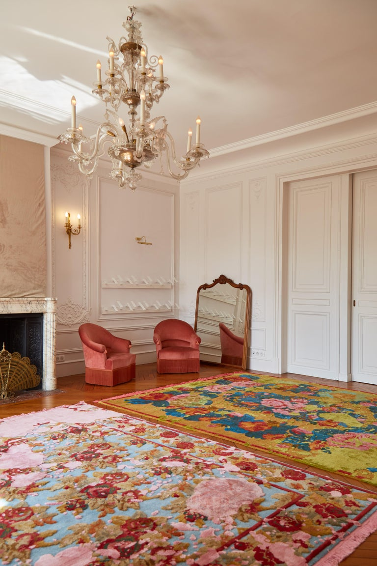 Karabagh Splashed Hand-Knotted Silk and Wool Blend Rug with Fringes In New Condition For Sale In Paris, FR