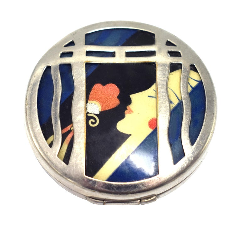 Karess 1920s Art Deco Ladies Powder Compact In Good Condition For Sale In Westward ho, GB