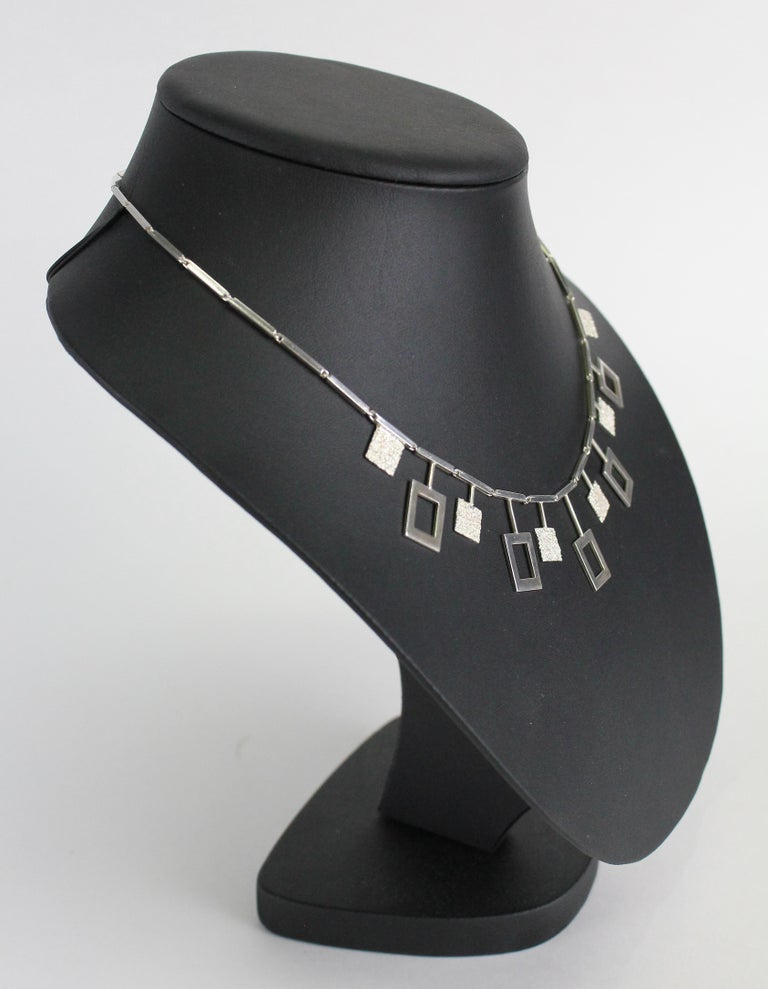 Karl-Erik Palmberg, Scandinavian Modern Necklace in Silver, Falköping, 1945 In Good Condition For Sale In Skanninge, SE